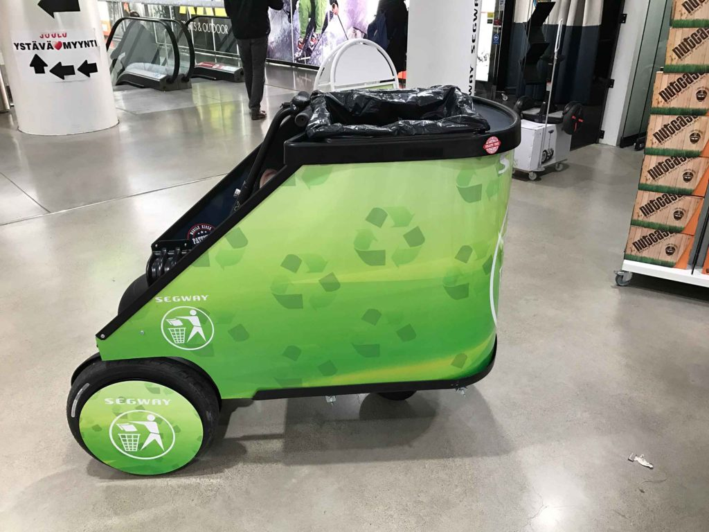 Segway, mop/up Trolley for JuCad at goExpo Golf, movable fair table